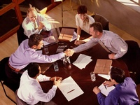 Как самостоятельно разработать тренинг продаж для вашей компании?