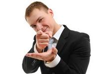 Как применять стратегию интриги в продажах?